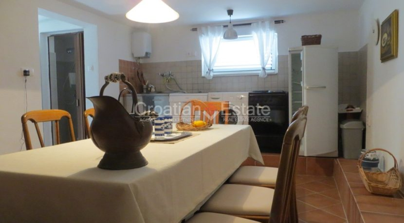 house for sale near trogir sea view (17)
