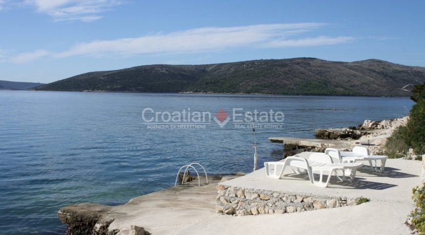 house for sale near trogir sea view (2)