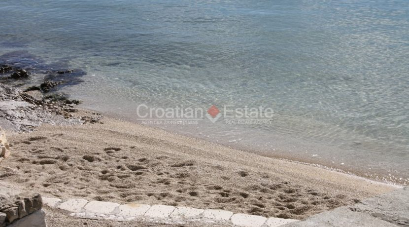 house for sale near trogir sea view (7)