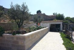 house for sale vis first row seafront (9)
