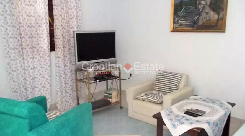 solta necujam house seafront for sale (4)