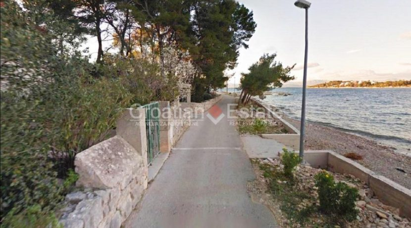 solta stone house seafront for sale (10)