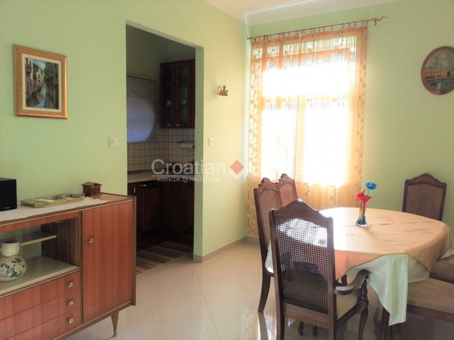 Split – Bol, three bedroom apartment in a house for sale