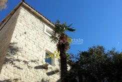 stone house for sale trogir (1)