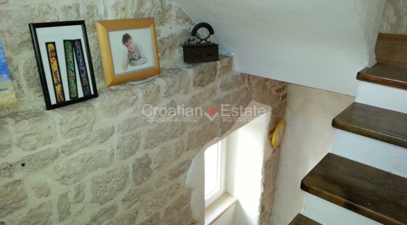 stone house for sale trogir (14)