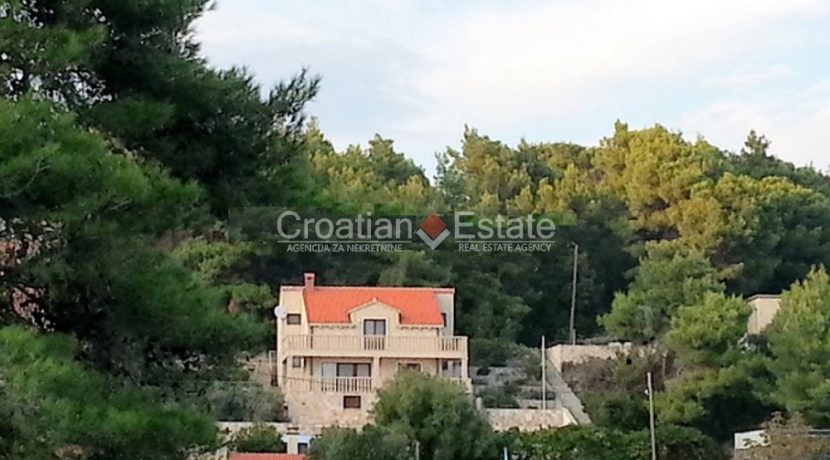 stone house sumartin for sale (12)