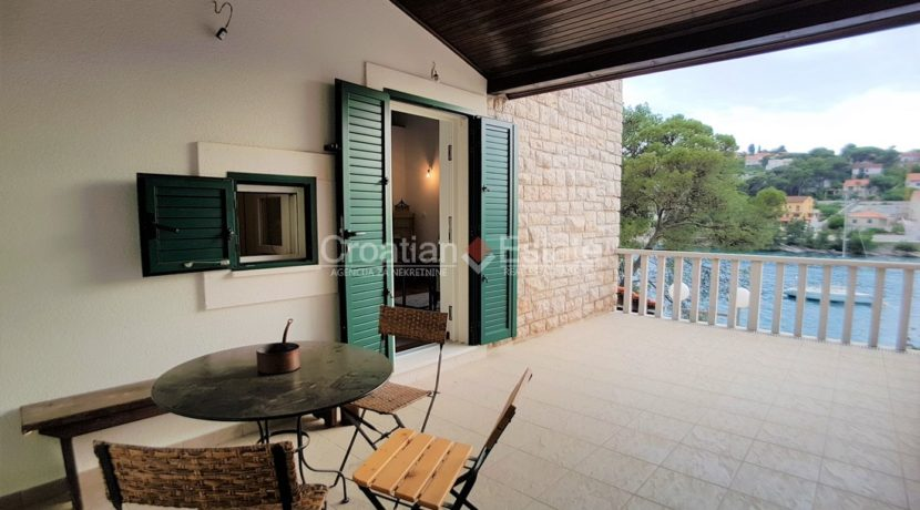stone villa first row new seafront brac for sale (10)