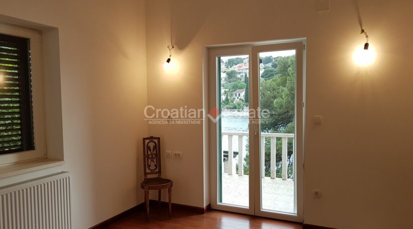 stone villa first row new seafront brac for sale (2)