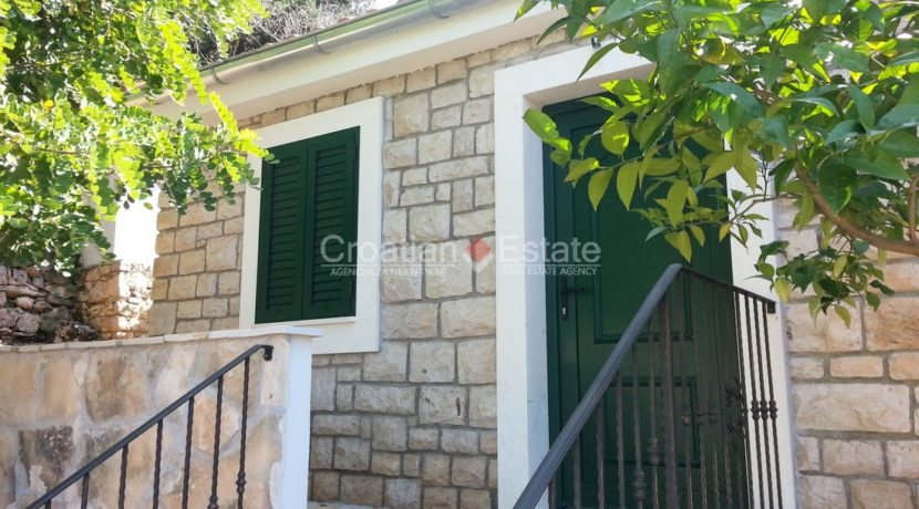 stone villa first row new seafront brac for sale (23)