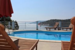 trogir marina seafront villa house for sale pool view (10)