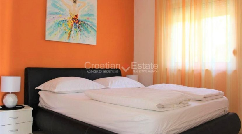 trogir marina seafront villa house for sale pool view (7)