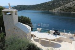trogir marina seafront villa house for sale pool view (9)