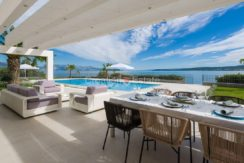trogir seafront first row villa direct on the beach big plot for sale zum verkaufen (3)