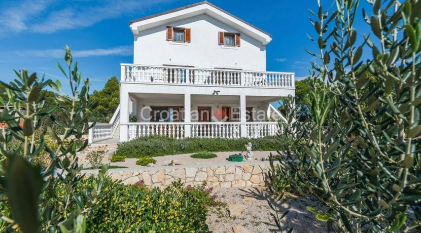 villa seafront big plot pool view Sibenik (17)