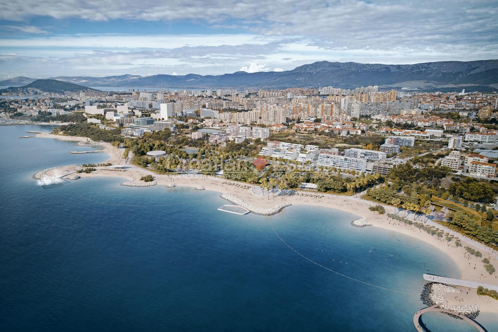 Split – Žnjan, building land in first row to the sea for sale