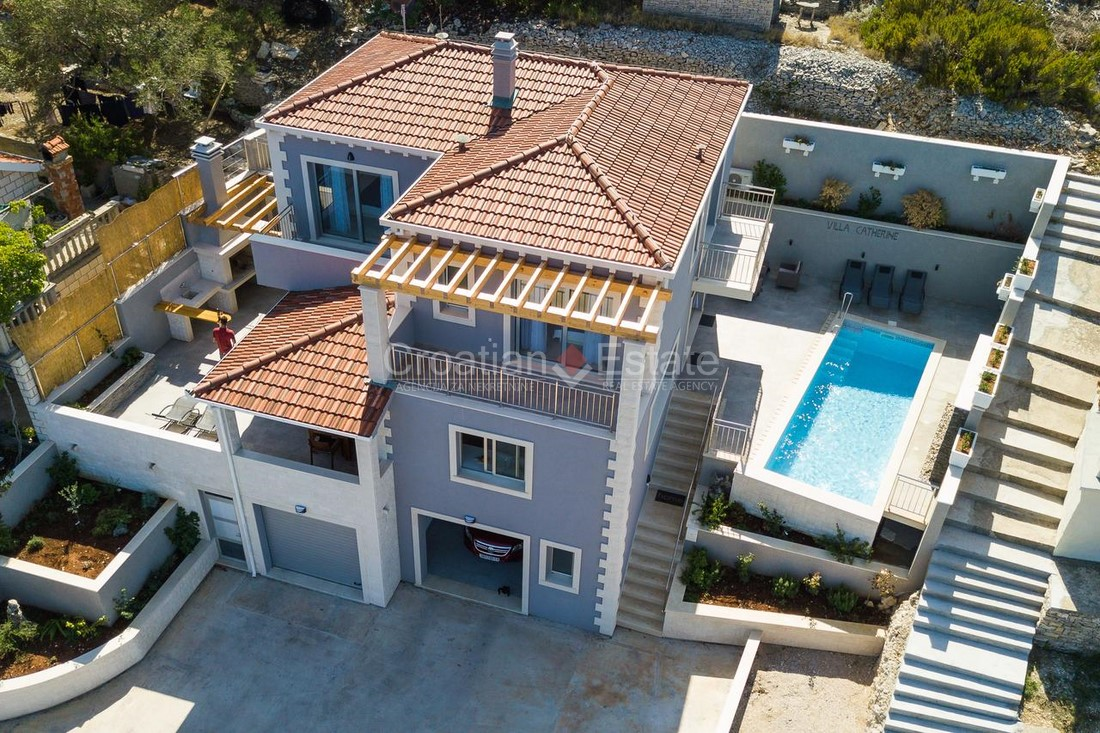 Island Korčula, newly built seafront villa with pool for sale