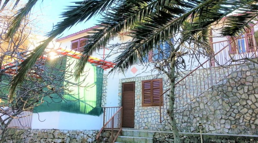 Trogir house seafront for sale 9
