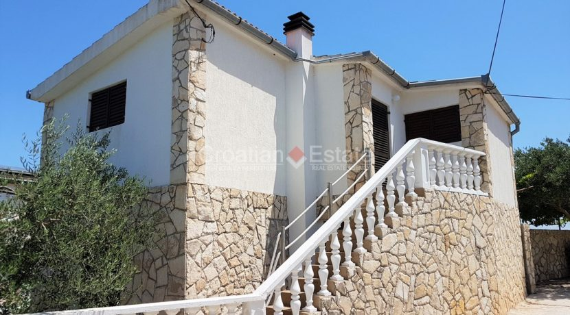 solta house for sale (2)