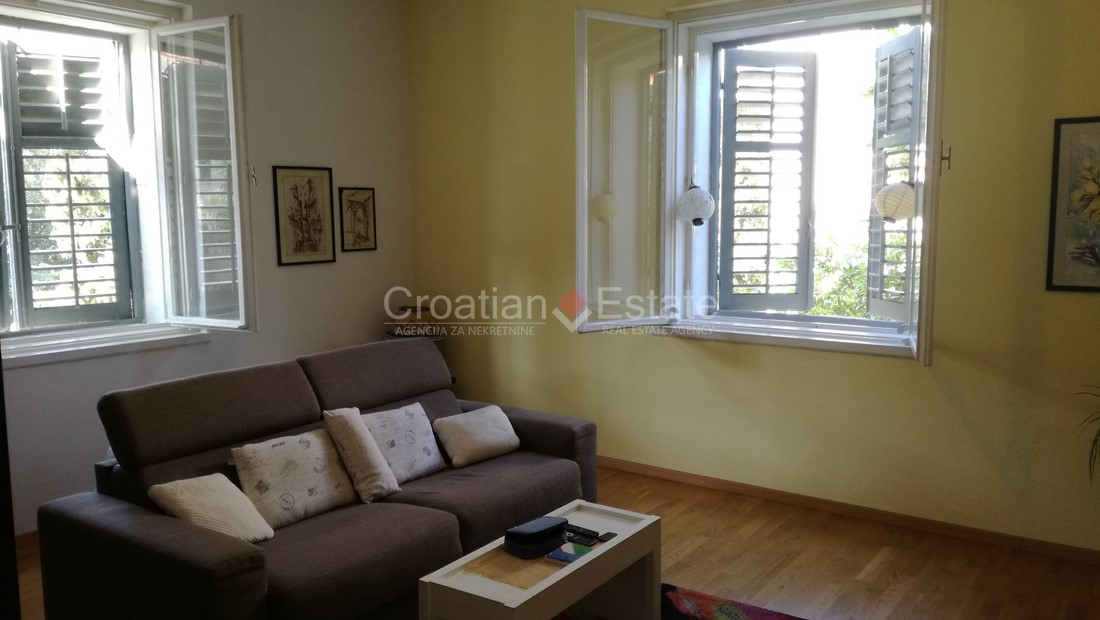 Split – Bačvice, two-bedroom apartment with a balcony for sale