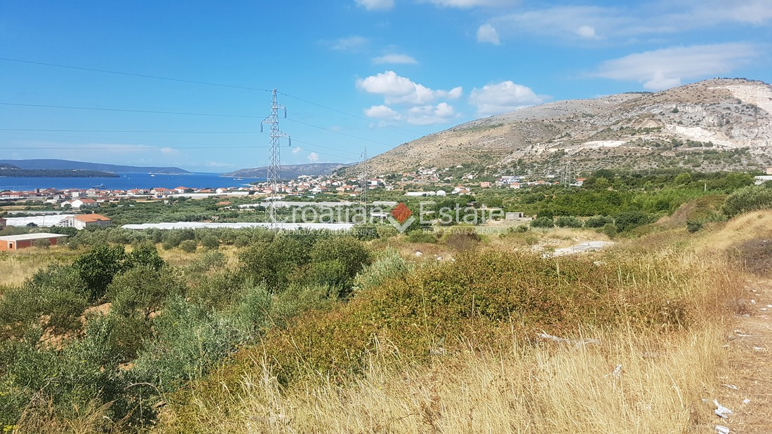 Trogir – building plot with open sea view for sale