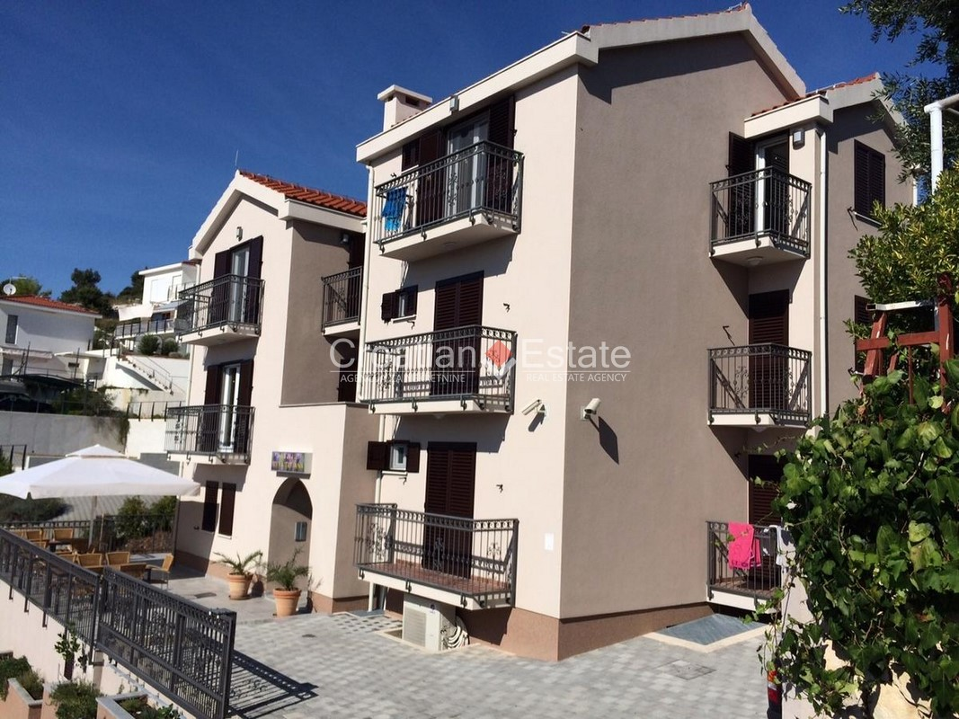 Marina – new apartment villa with pool for sale