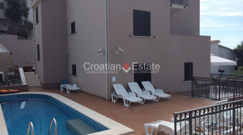 Marina Sevid apartment house with pool for sale 3 (Kopiraj)