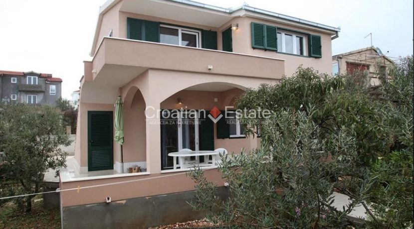 Marina house in 2nd sea row for sale 2 (Kopiraj)