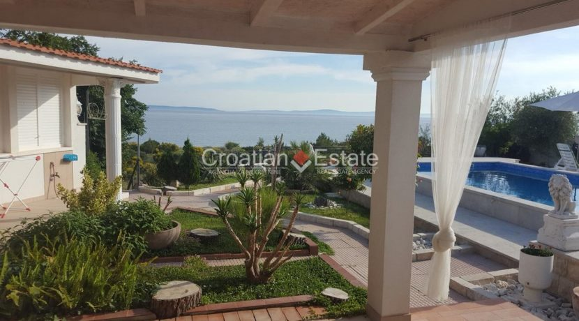 Split Znjan villa pool fist sea row sale 1 (Kopiraj)