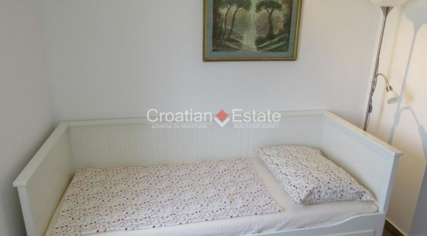 Split Znjan villa pool fist sea row sale 17 (Kopiraj)