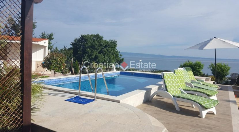 Split Znjan villa pool fist sea row sale 3 (Kopiraj)