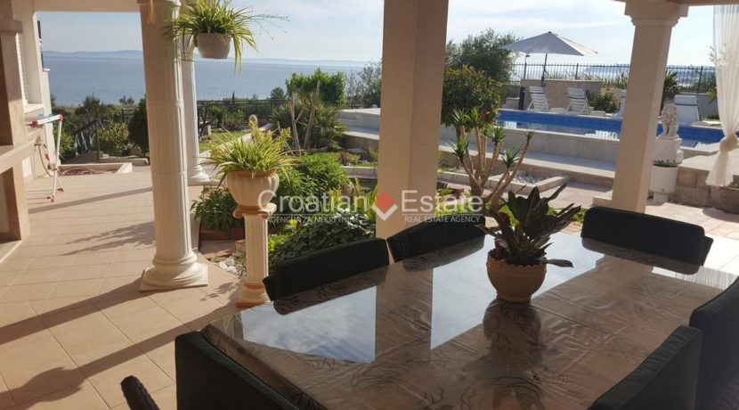Split Znjan villa pool fist sea row sale 8 (Kopiraj)