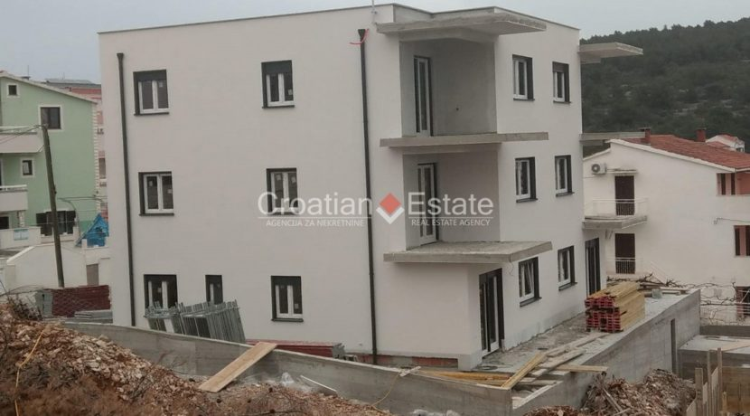 Ciovo two bedroom apartment common pool for sale 13 (Kopiraj)