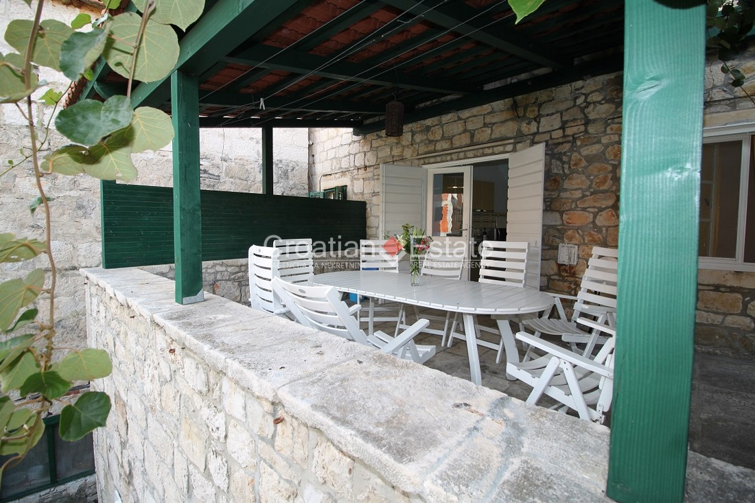 Island Brač – renovated traditional seafront stone house for sale