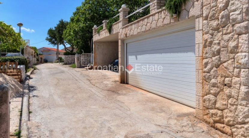 Pisak Omis house 2nd row sea for sale 19 (Kopiraj)