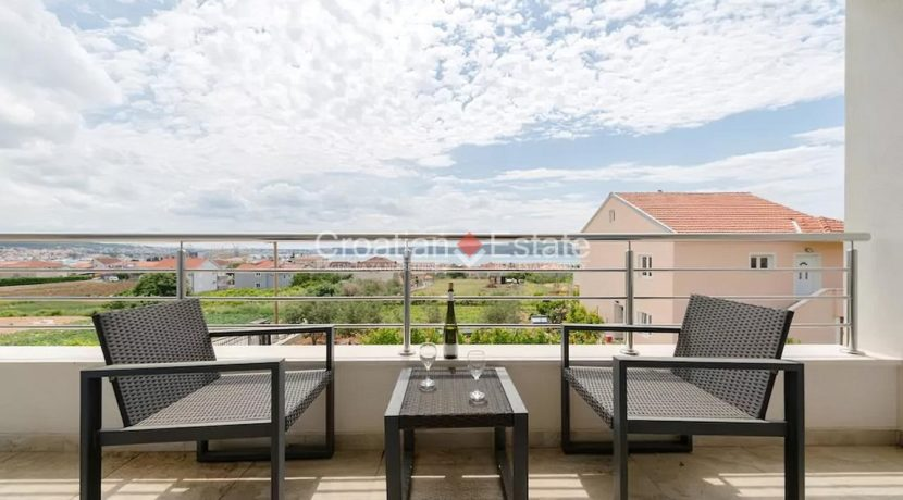 Trogir Seget villa pool sea view sale 16 (Kopiraj)