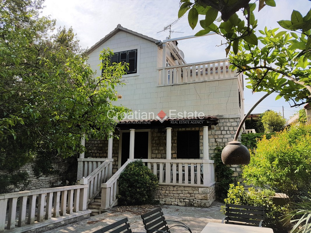 Island Brač – house with two separate residential units for sale