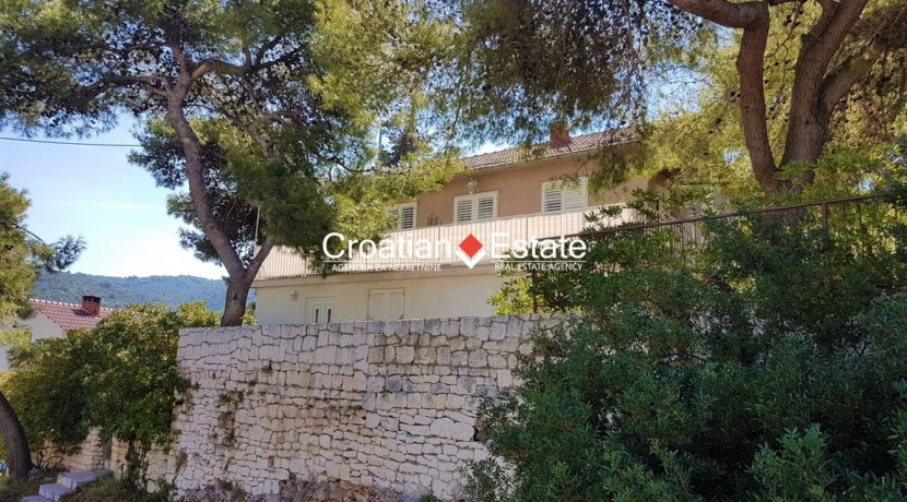 Brac house two apartments sea view for sale 1 (Kopiraj)
